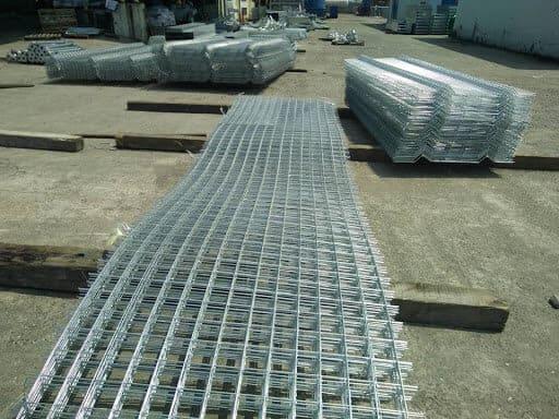 Nhược điểm của lưới chắn rác thép