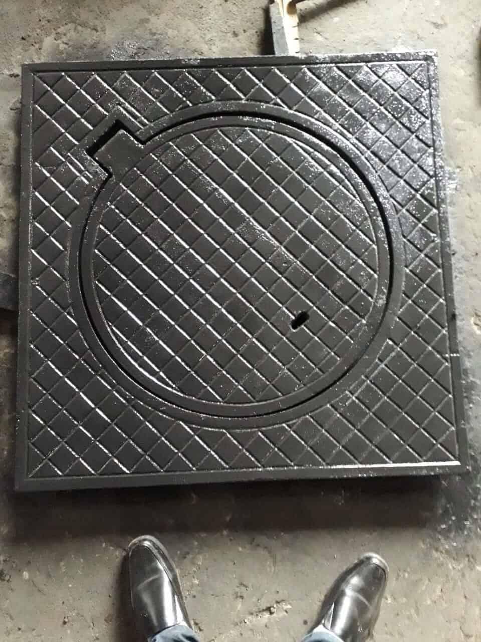 Nắp gang hố ga vuông bằng gang xám